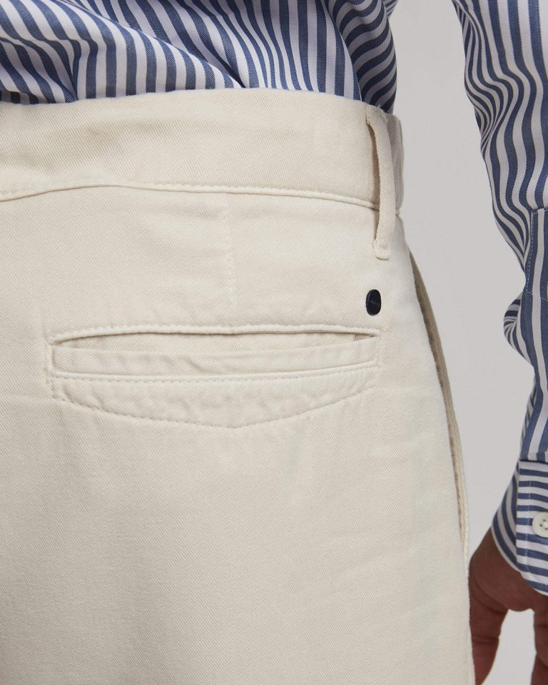Crown Shorts – Beige