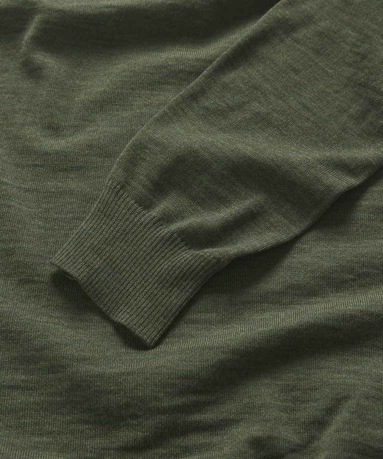 900943_heritage-knitted-polo-shirt_77-olive_extra1_large