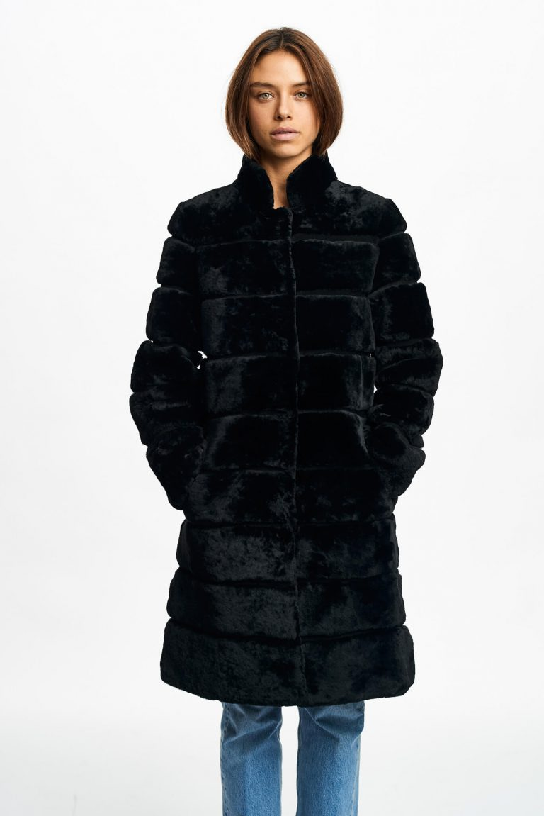 cecilie_coat_front