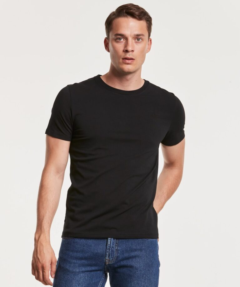 370_41c9629460-350098-james-tee-99-black-1-full