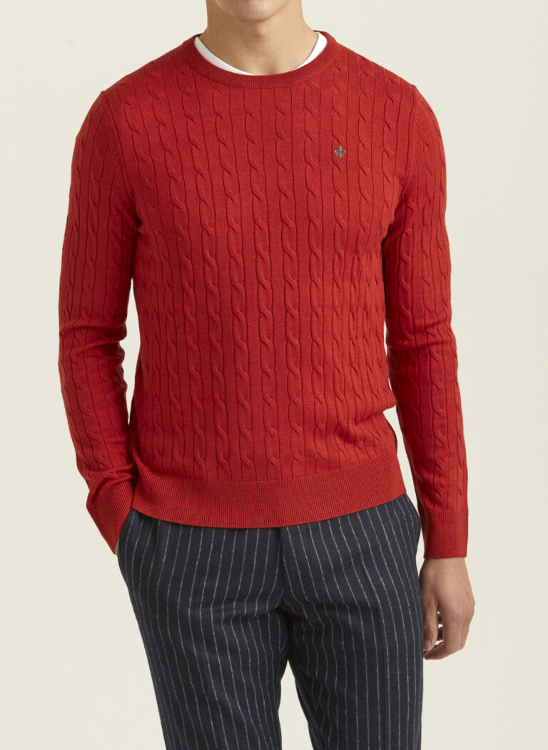 901153-merino-cable-oneck-43-red-1-crop