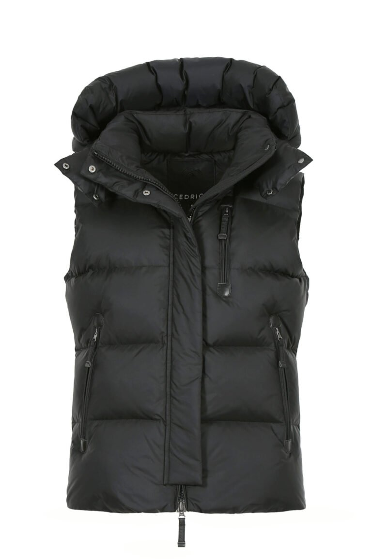 m38b3388-stella-vest-vital-black-front-2